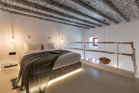 The TownHouse Mykonos Deluxe Duplex Bed