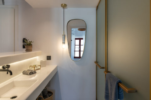 The TownHouse Mykonos Deluxe Duplex Bathroom