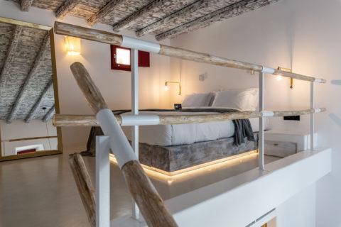 The TownHouse Mykonos DELUXE DUPLEX ROOM